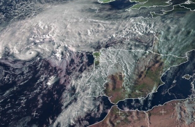 Hurrikan Pablo über dem Atlantik