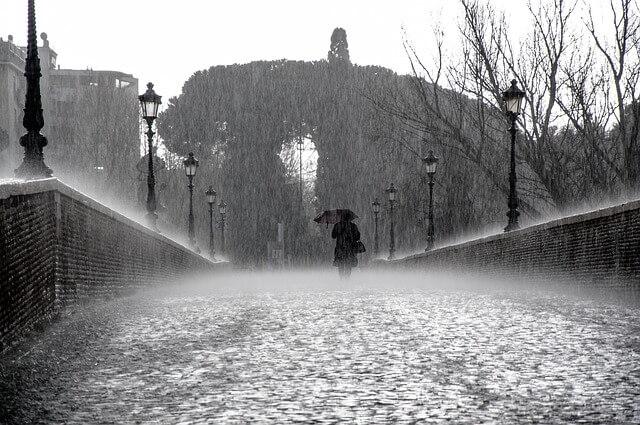Heftige Regenfälle werden im westlichen Mittelmeer erwartet.
