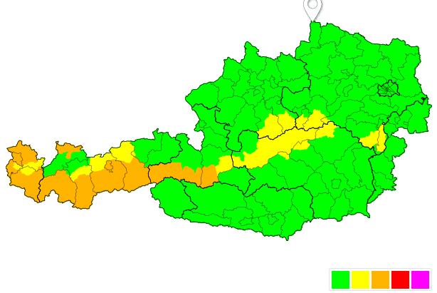 Stürmischer Südföhn am Dienstag.