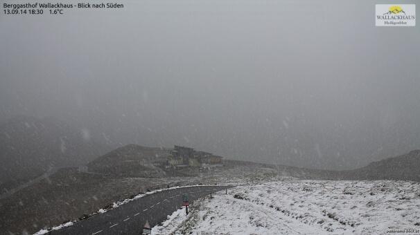 Schnee und Regen in den Bergen