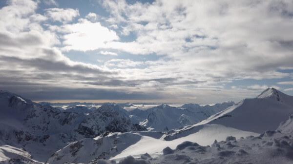 Stubaier Gletscher, Tirol, Alpen © QYINT