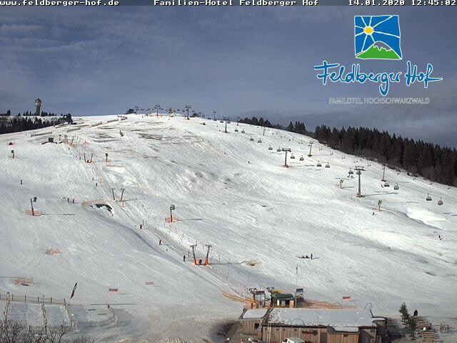 Nur wenig Schnee selbst auf dem Feldberg.