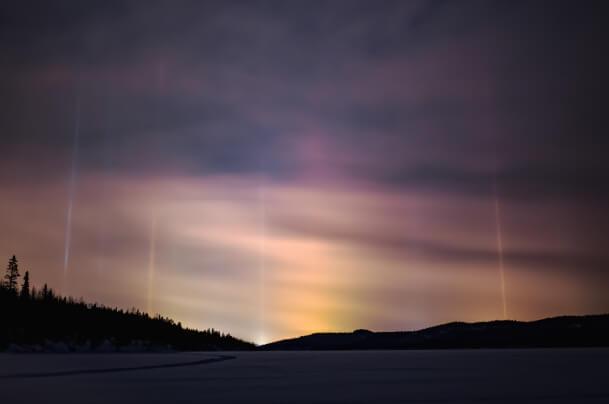 Lichtsäulen im Winter
