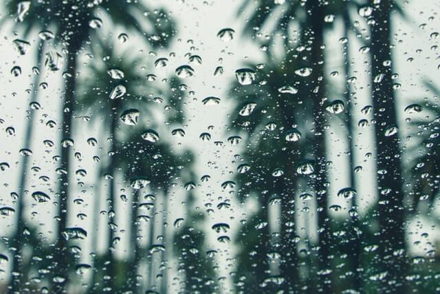 Regenwetter in der Wüste - pexels.com/veeterzy