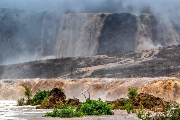 Tropischer Sturm sorgt für Überschwemmungen im Süden Omans