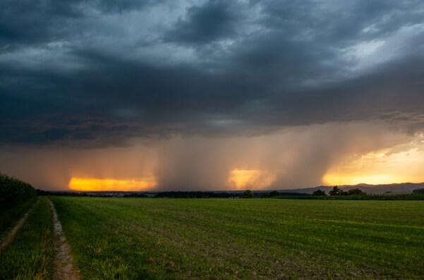 Gewitterlinie beim Sonnenuntergang - SSA