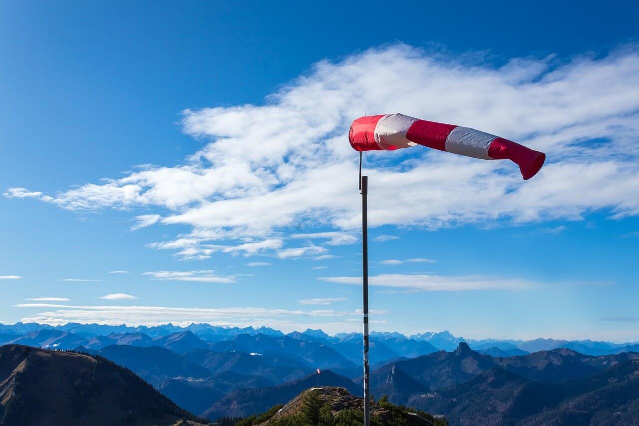 Föhnsturm in den Alpen - pixabay.com
