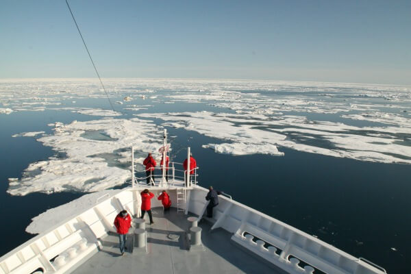 Nordostpassage bereits 100 Tage eisfrei