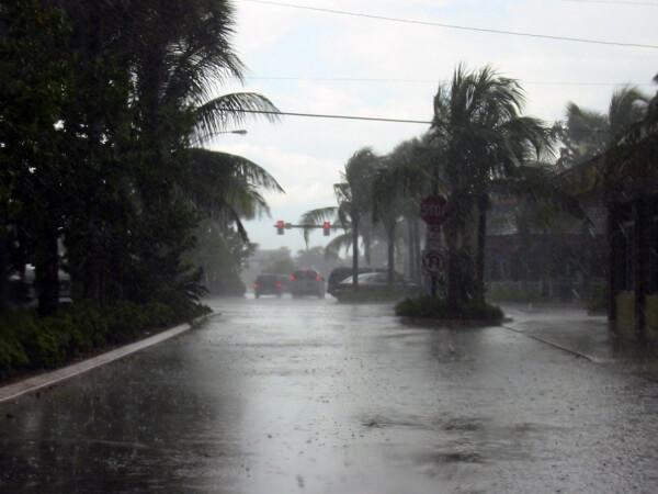 Hurrikan ETA trifft Florida zweimal
