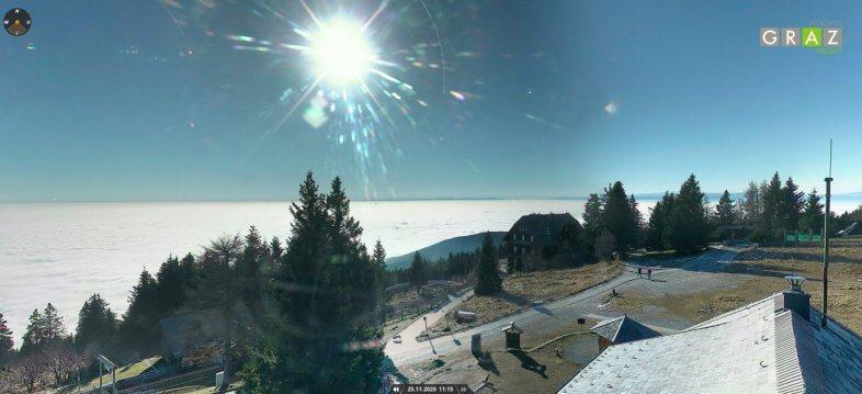 Oberhalb der Inversion auf dem Schoeckl bei +9 Grad und bester Fernsicht - https://schoeckl.it-wms.com/