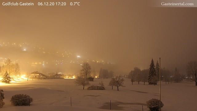 Webcam in Bad Gastein auf rund 850 m Seehöhe um 17:20 Uhr - http://www.packages.at/gastein/webcam/37.html