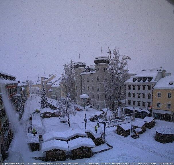 Am Sonntag weiterhin ergiebiger Schneefall