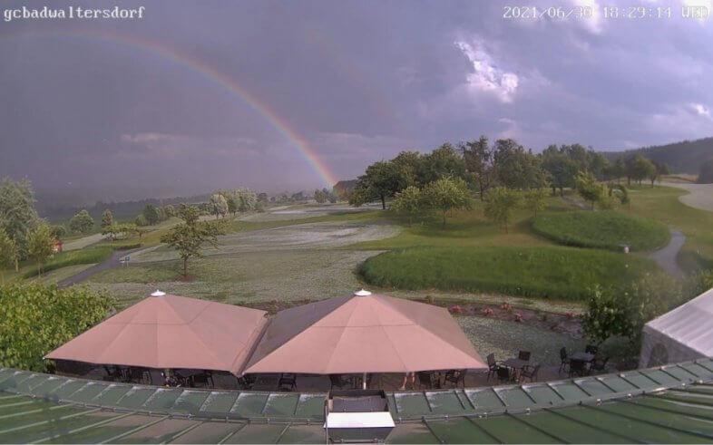 Regenbogen nach dem Unwetter - https://www.golf-badwaltersdorf.at/wetter/