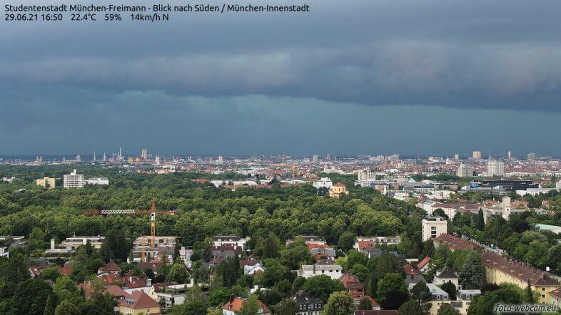 Webcam in München um 16:50 Uhr - https://www.foto-webcam.eu/webcam/muenchen/