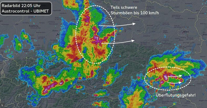 Radarbild um 22:05 Uhr - Austrocontrol, UBIMET