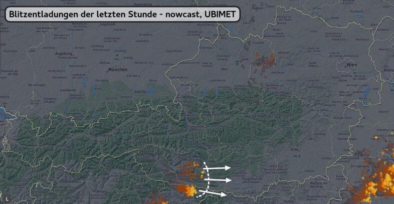 Blitze zwischen 00:40 und 01:35 Uhr - nowcast, UBIMET