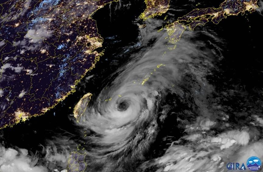 Taifun IN-FA am Donnerstagabend - CIRA/RAMMB