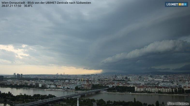 Aussicht aus der Wiener Donaustadt in Richtung Westen - https://www.foto-webcam.eu/webcam/wien/