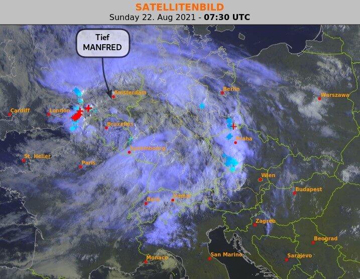 Satellitenbild am Sonntag um 9:30 Uhr - EUMETSAT, UBIMET