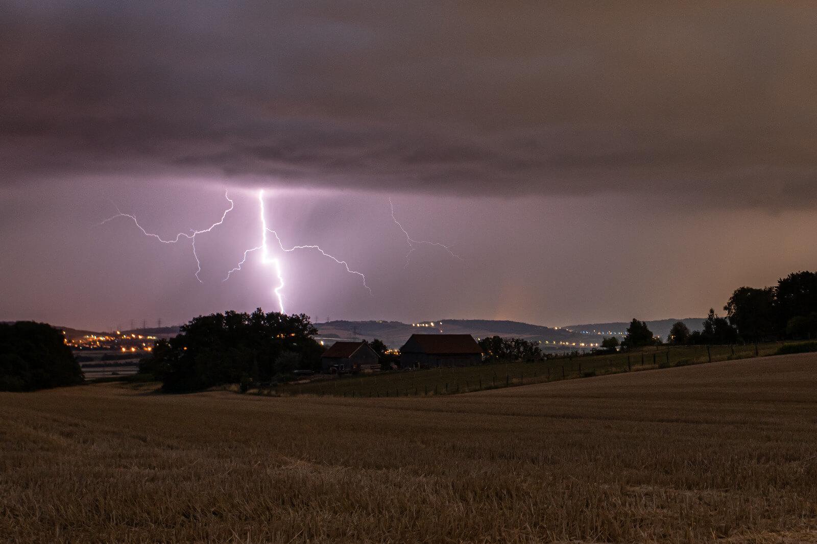 1,4 Millionen Blitze im Sommer 2021